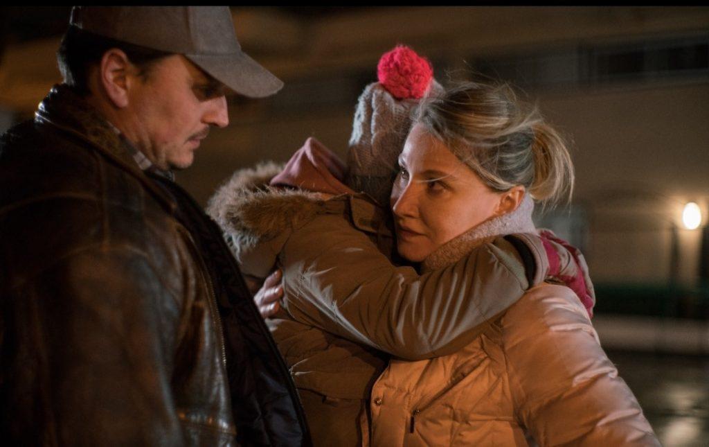 Luiza Cocora în Juste moi et toi, scurtmetraj în regia lui Sandrine Brodeur-Desrosier, alături de Dalia Binzari și Florin Peltea.